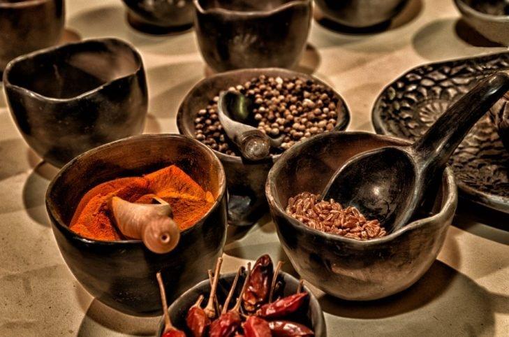 Les aliments à éviter en cas d'hémorroïdes